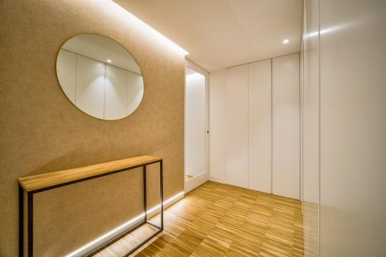 Dormitorio con buardilla de la promoción de viviendas passivhaus en Santiago